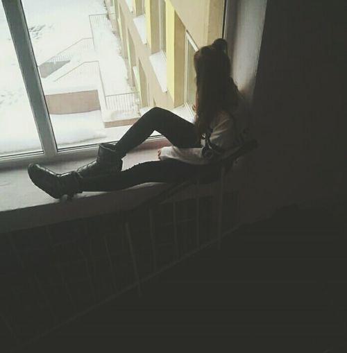 Школа когда же ты закончишся? #Like #follow #FollowMe #стиль #Україна #Ukraine #ukrainian #pretty #girl #smile #Школьные годы #школа #school # #photography #blackandwhite #beautiful #love #sky #cry