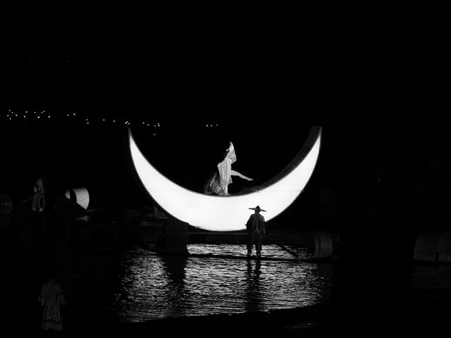 Blackandwhite Stagephotography Moon Actress Tadaa Community