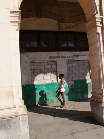 """""""Abierto las 24 horas"""" - open 24 hours! Abandoned Building Abierto Las 24 Horas Building Building Exterior Built Structure Capital City Childhood Closed Composition Cuba Deep In Thought Full Frame Full Length Girl Havana No Incidental People One Person Open 24 Hours Outdoor Photography Shadow Shop Stone Sunlight And Shadow Unusual Walkway"""