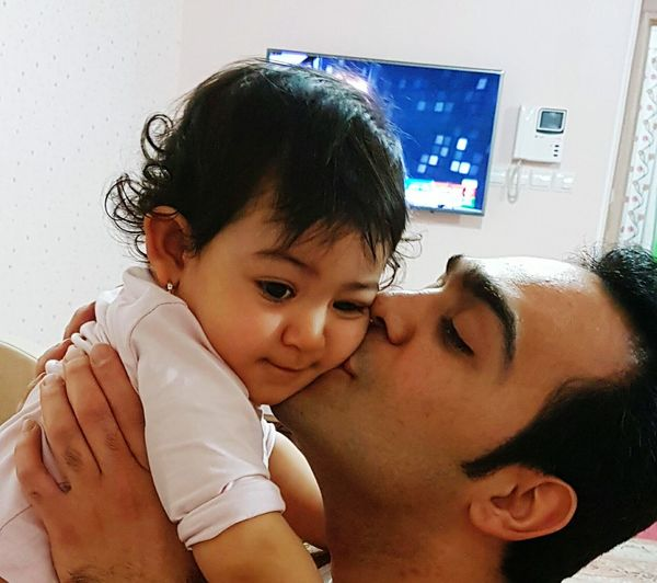 Father Kiss Love Lovely Baby ❤ Baby Baby Girlکودک پدر Father And Child پدر عشق بوسه