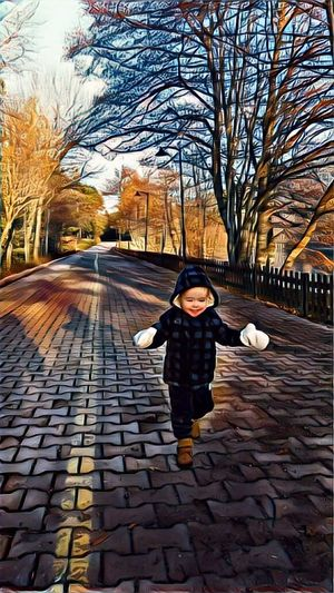 One Person Front View Childhood Real People Children Only Bare Tree Day Outdoors City Travel Destinations Nephew ♡ Vinci App