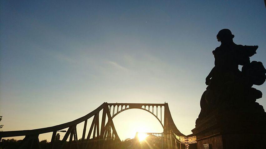 Silhouette Sunset Low Angle View Bridgeofspies Berliner Ansichten Glienicker Brücke TakeoverContrast