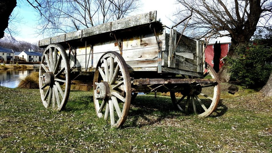 An old wooden wagon :) Old Wagon Wood Old Days Display