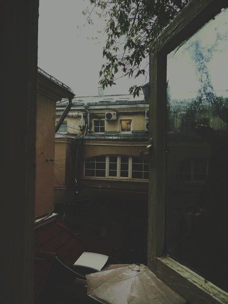 улица двор колодец столица Дождь уныние Fine Art Photography Window View Showcase July Hidden Gems
