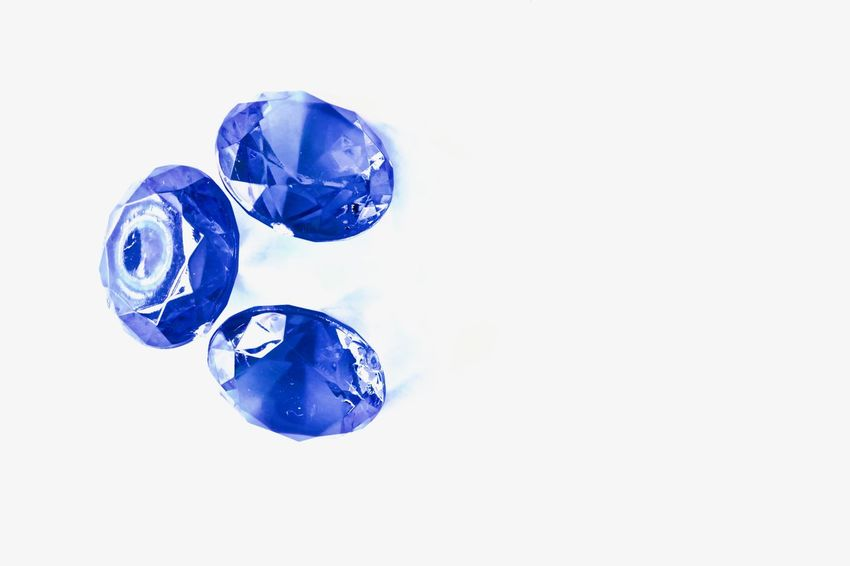 No People White Background Close-up Day Blue Christal Crystal Still Life Design Plastic Hobby Accesories Diamonds Diamond Diamond Life Beautiful Diamonds Rich Life Christal  Decoration Blue Luxury Blue Diamonds