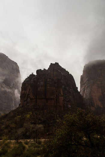 Beauty In Nature Cloud Cloud - Sky Fog Landscape Nature No People Outdoors Rain Rock - Object Sky Travel Destinations Zion National Park