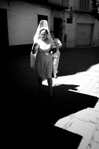 Blackandwhite Streetphotography Streetphoto_bw NEM Black&white City Monochrome NEM Street Street Life IPhoneography Streetphotography_bw