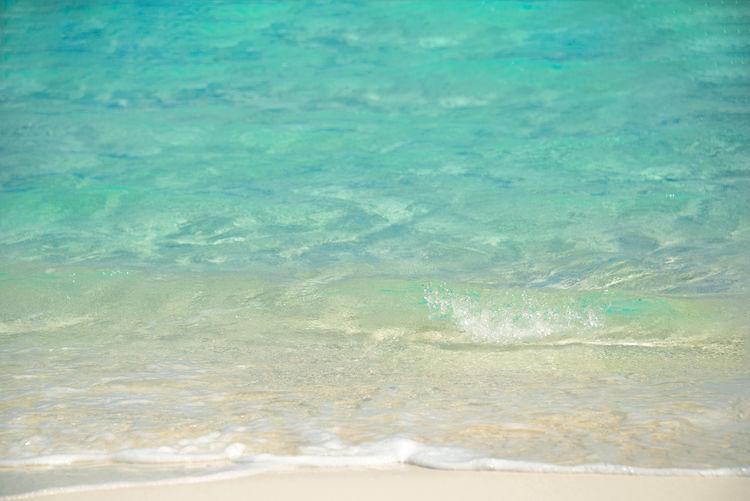 Bahamas Wave