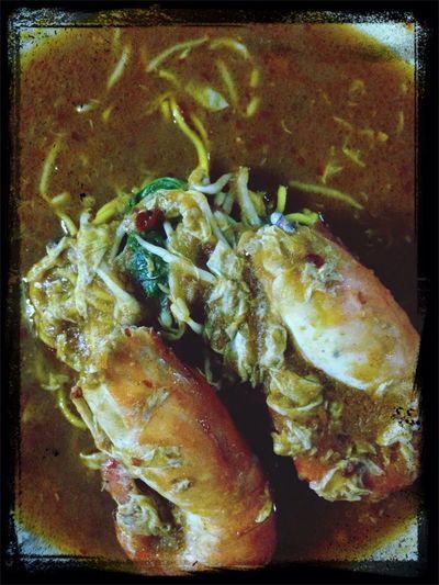 Foodporn mee udang galah spesial Foodhunting Sarawak with wife