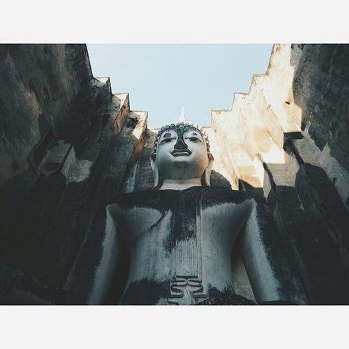 รับๆ ค่ะ @__smilemonster__ Day 1 เช้านี้...ที่นี่ 'Wat Sri Chum' ,Sukothai Staystrongtogether ThailandStandupchallenge Thailand Sukothai