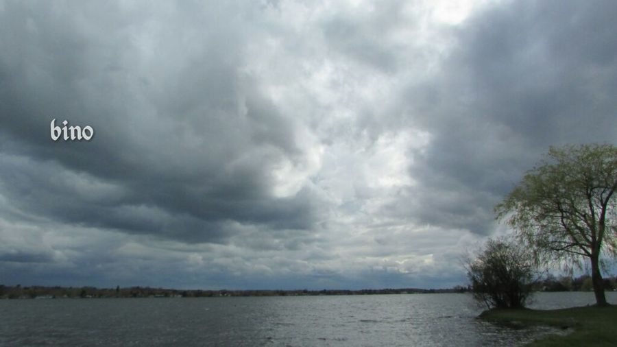 Afternòon Shoot Ominous Sky Dark Clouds Around The Lake Rough Waters Reflection Lake Cadillac Pure Michigan