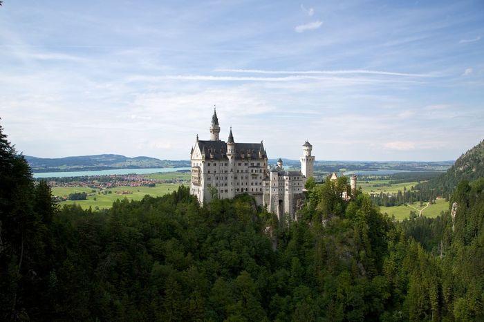 Château de Neuschwanstein Bavière Architecture Building Exterior Château Feerique Landscape Mountain Travel Destinations