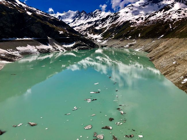 Lake View Beautiful Colors Iceberg Swiss Mountains Swiss Alps Valais Valdanniviers Grimentz Moiry Water Beauty In Nature Nature Mountain Tranquility Tranquil Scene Lake Green Color Outdoors Reflection Turquoise Colored Idyllic The Great Outdoors - 2018 EyeEm Awards