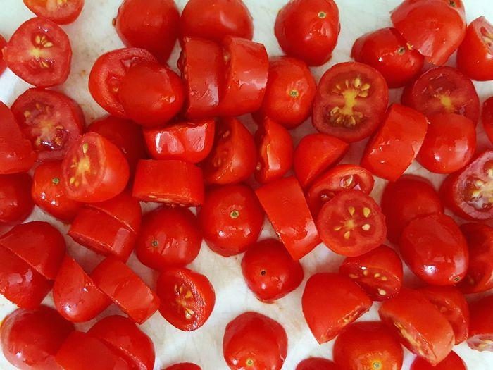 Vegetables Photo Mediterranean Food Ciliegino Tomatoes Tomatoe Sliced Tomato Red Dietfood Mediterranean Diet Vegetables Vegetables Of EyeEm