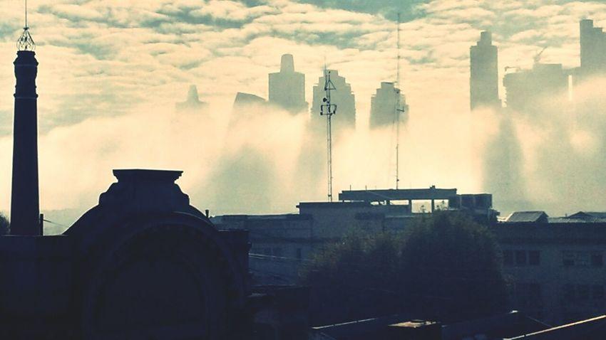Un paisaje raro esta mañana...Neblina Puerto Madero Urban Nature Rascacielos Climate Buenos Aires Movieshoot