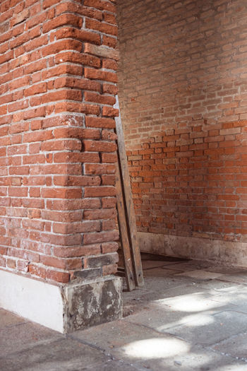 Absence Architecture Brick Brick Wall Building Building Exterior Built Structure Cement City Concrete Construction Industry Construction Material Day Industry No People Old Outdoors Pattern Solid Venice Wall Wall - Building Feature