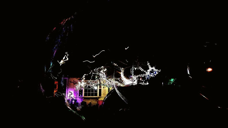 """Bursting light bubble"" I believe I captured a bubble as it was bursting. Light Light In The Darkness Light Christmas Light Artística Artisticphoto Artistic Photography Artistic Photo Bubble Play Bubble Collection Lights In The Night Artistic Expression Bursting Bubble Bursting Bubbles Welcome To Black Darkness And Light"