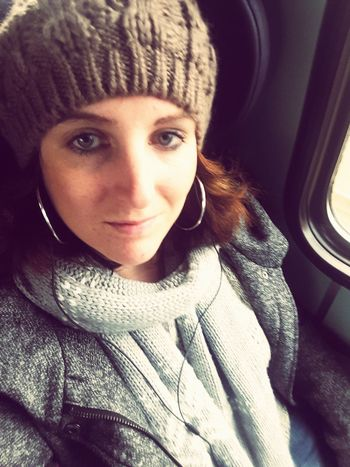 Looking At Camera Portrait Train Station Beauty One Young Woman Only Scarf Cold Temperature Window Indoors  Warm Clothing Mütze *-*