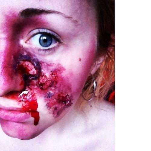 ?? Makeupartist Selfie Casualtysimulation Theatricalmakeup inspiration