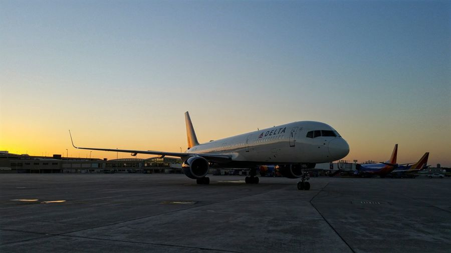 A Delta Airlines Boeing 757 Departing Milwaukee Mitchell International Airport this past Evening Transportation Mode Of Transport Travel Air Vehicle Airport Runway Airport Outdoors Sky Public Transport Airlines Airline AirPlane ✈ Aviation Photography Sunset