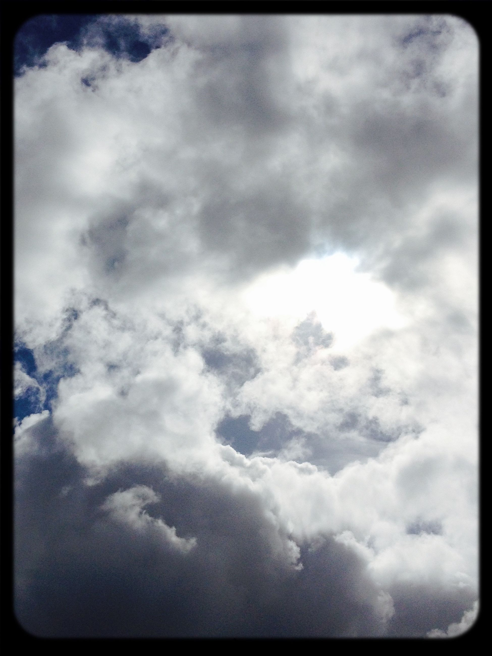 transfer print, sky, cloud - sky, auto post production filter, low angle view, cloudy, beauty in nature, nature, tranquility, cloud, sky only, scenics, tranquil scene, weather, cloudscape, overcast, backgrounds, outdoors, no people, idyllic