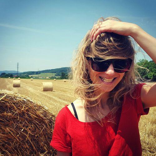 Summer Summertime Bluesky RedShirt  Kornfeld Strohballen