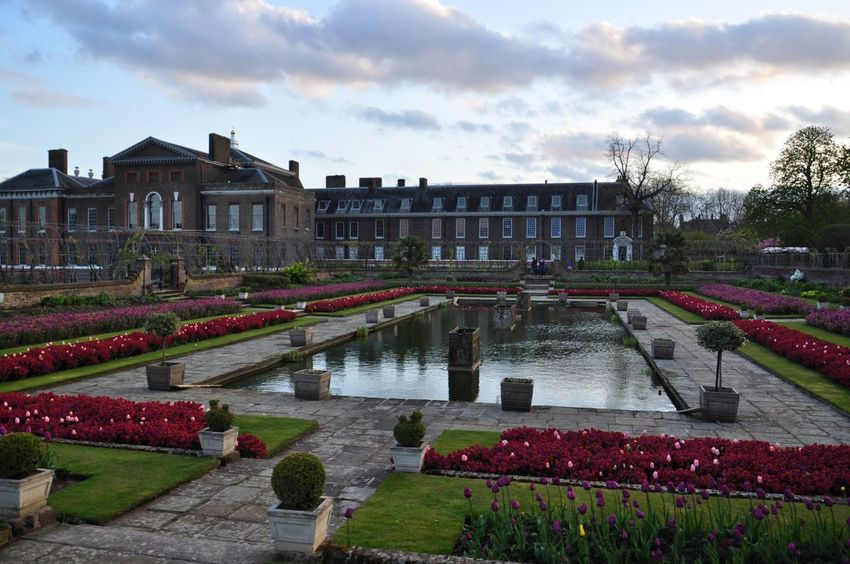 Spring kensington gardens in London City Sky Architecture Outdoors Water No People Day London Kensington Kensington Gardens Spring Springtime Blooming Evening England Travel Destinations Tranquility Tranquil Scene Art Is Everywhere