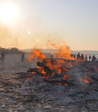 Burning Easter Fire Easter Fire Much Smoke Fire Flame Flames Heat Heat - Temperature Large Group Of People Natur Nature Outdoor Outdoor Photography Outdoors Outdoors❤ People People Watching Smoke Beach Nature Photography Easter Nature_collection