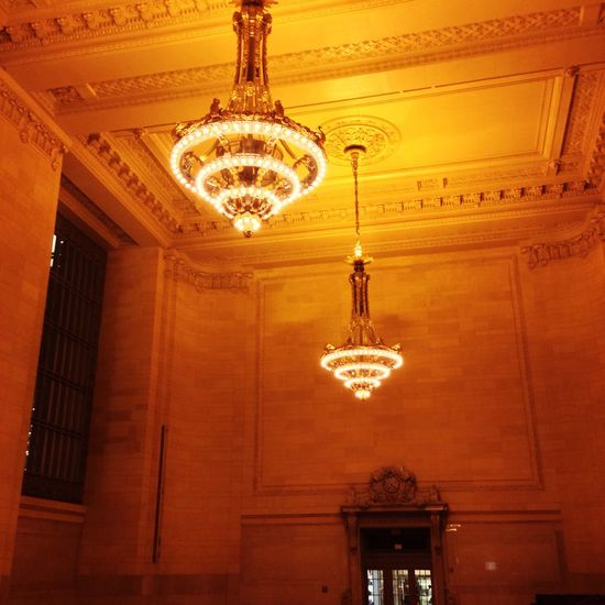 Grand Central Station Lighting Equipment Ceiling Hanging Indoors  Chandelier Low Angle View Illuminated Elégance Architecture Built Structure Luxury Electric Light Modern Light - Natural Phenomenon Luxury Hotel Decoration Architectural Feature Hanging Light Bright Day
