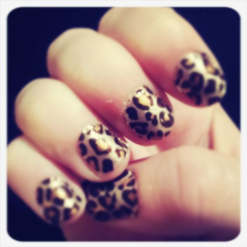 Cheetah Nails <3
