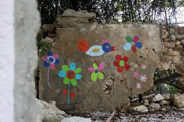 Paintings Wall Architecture Children Graffiti Children Painting Close-up Day Grafitti Multi Colored No People Outdoors Ruined Wall