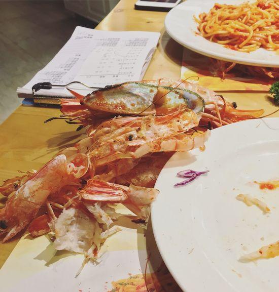 吃了五只虾和一点鸡肉 罪恶感爆棚🙂