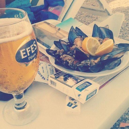 Beer Efes Keyf Bodrum turkey midye ailecekkeyif tatillll instamood instalove happy sister