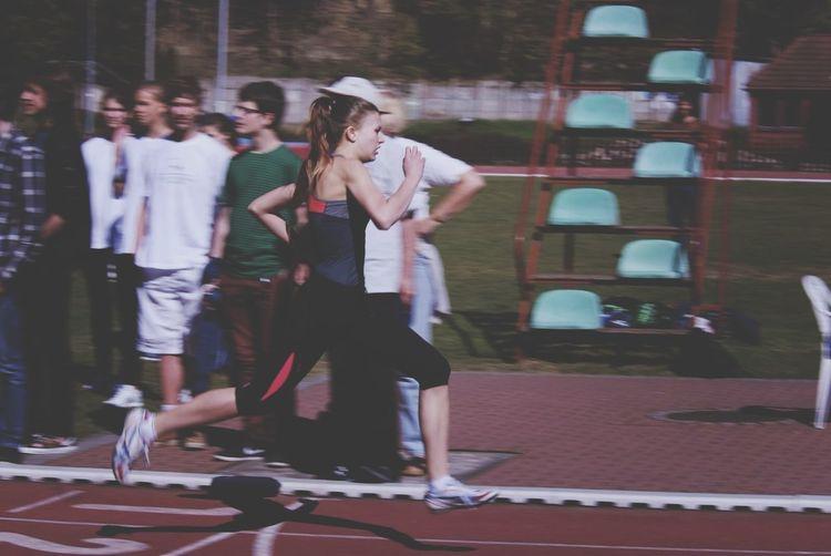 Zdjęcie przesłane przez fotografa w maju. :) Running Winning 100m Round 1