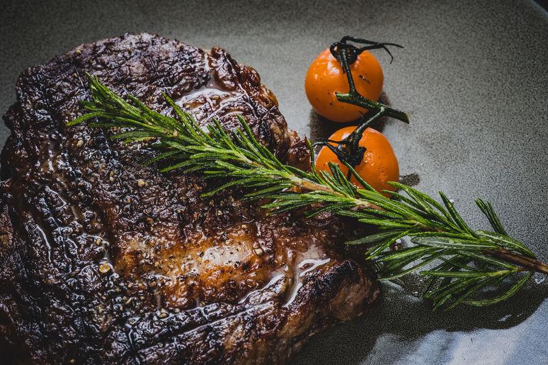 Steak Bread Red