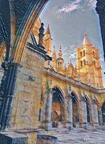 Catedral León - España Architecture Built Structure Building Exterior City History Travel Destinations Sky No People Outdoors Day
