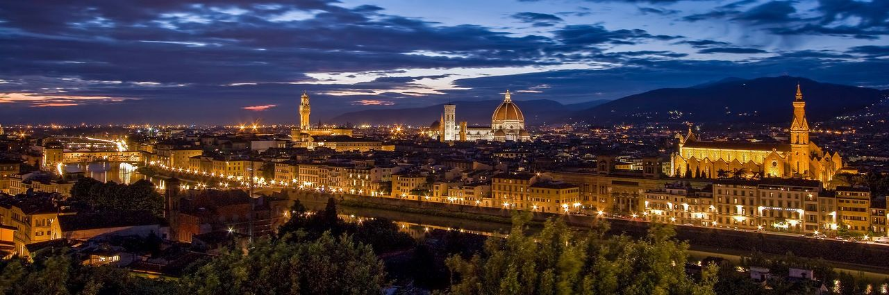 Firenze / Florence / Florenz Sunset Churches Medival City Florenz / Italien Florence, Italy Firenze, Italy Architecture Built Structure Building Exterior Sky Illuminated Night Cloud - Sky Travel Destinations City Bridge - Man Made Structure No People Cityscape Outdoors
