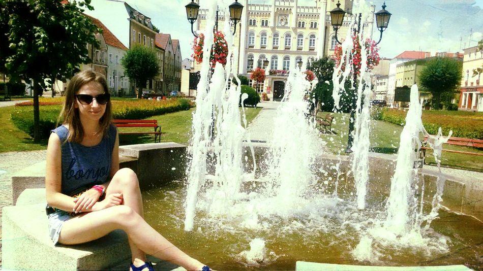 Polishgirl Wschowa Poland Rynek Fontanna Trip