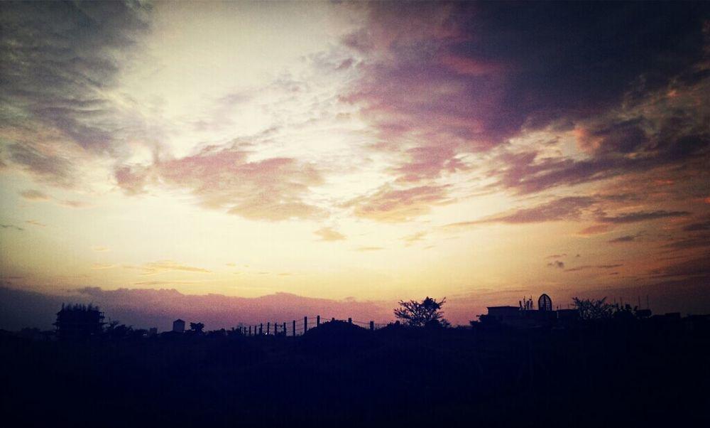 colourfull sky. with beautifull SUNSET. Enjoying The Sun