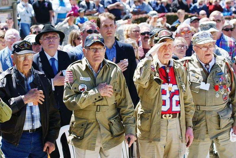 Airborne All The Way Longest Day Dday Sainte Mère Eglise Us Army The Paratrooper Diaries Normandie Paratroopers Veterans Overlord