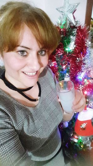 Yenirakı Rakı Looking At Camera Portrait Christmas Indoors  Adults Only Redhead One Person Mid Adult Adult Drink Celebration Christmas Decoration People Lifestyles Happiness Only Women Smiling