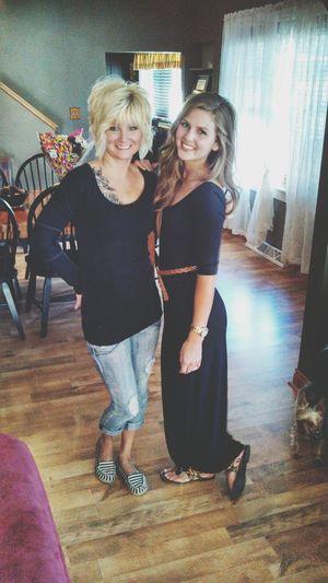 Like mother like daughter. Momma Family Mommyandme