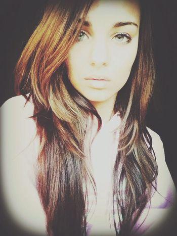 Me Girl Bho Hello World