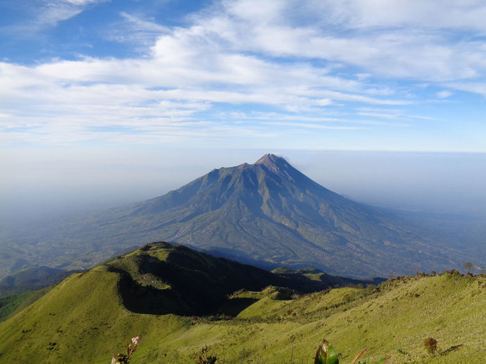 merbabu mountain Merapi Merbabu Hiking Mountain Volcanic Landscape Volcanic Crater Volcano Sky Landscape Cloud - Sky Volcanic Activity Active Volcano Foggy Volcanic Rock Lava Physical Geography Physical Geography Erupting Geology Fog Kilauea East Java Province Bromo-tengger-semeru National Park First Eyeem Photo