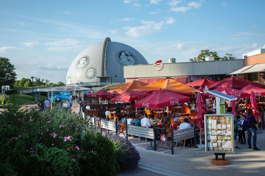 Futuroscope Futuroscope Theme Park Futuroscope Theme Park | Poitiers - France Futuroscope2017 Leisure Park Adult Architecture Built Structure Cloud - Sky Crowd Day Flower Freshness Large Group Of People Leisure Activity Lifestyles Men Nature Outdoors People Real People Sky Women