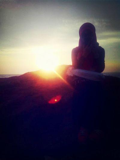 Where sun sets down