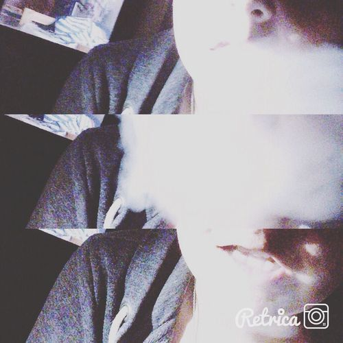 Fume la vie avant qu'elle te fume Smooking Fumer Tue. Hanging Out Taking Photos