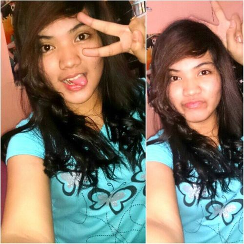 Peace is just two fingers now :-D Wackyface