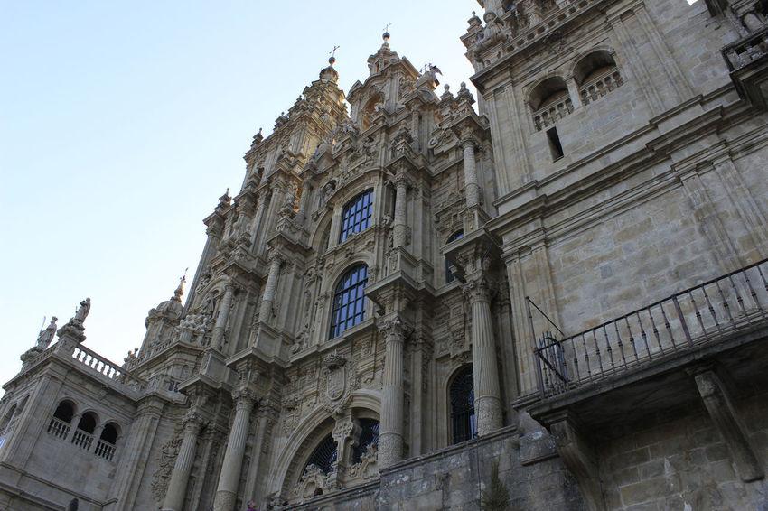 A fachada do obradoiro CaminodeSantiago Cathedral Architecture Compostela Gothic Style History Low Angle View Piligrim Spirituality Travel EyeEmNewHere