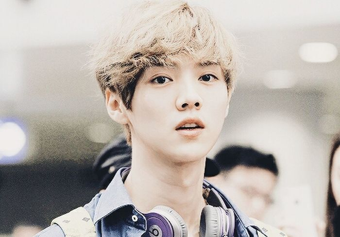 handsome luge Luhan Kpop EXO cr:owner